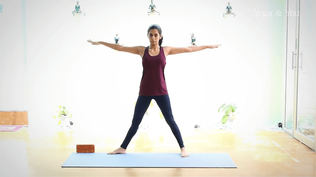 Triangle pose yoga - Trikonasana